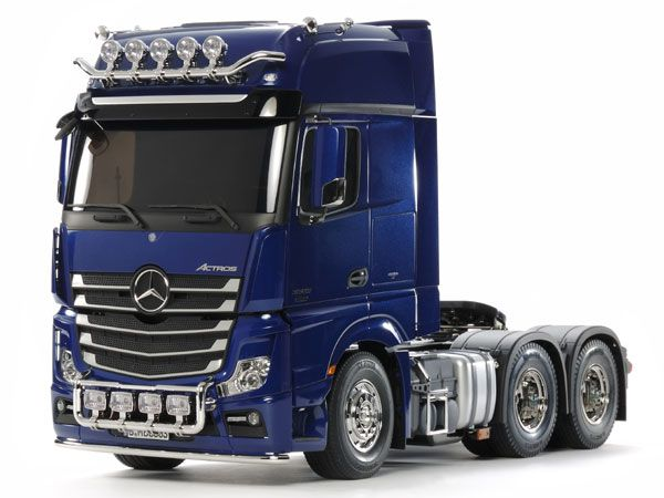 Tamiya 56354 Mercedes-Benz Actros 3363 6x4 GigaSpace (Pearl Blue Edition) 1/14th KIT
